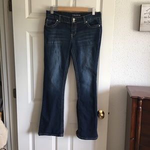 Maurice's Blue Jeans Blaine Size 11/12.